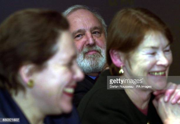 London Mayoral candidates Liberal Democrat Susan Kramer with Labours' Frank Dobson and Glenda Jackson attending a oneday conference on Housing In...