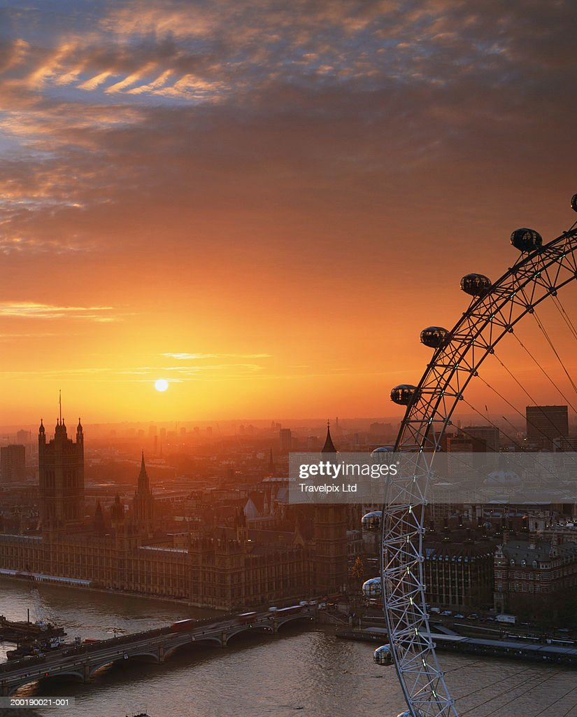 UK, London, Millennium Wheel and cityscape, sunset, elevated view