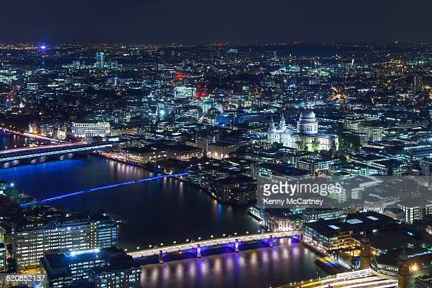 London - St. Paul's & Thames