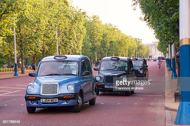 CONTENT] London Taxis Avenue in the Mall London England Taxis londrinos na Avenida the Mall Londres Inglaterra