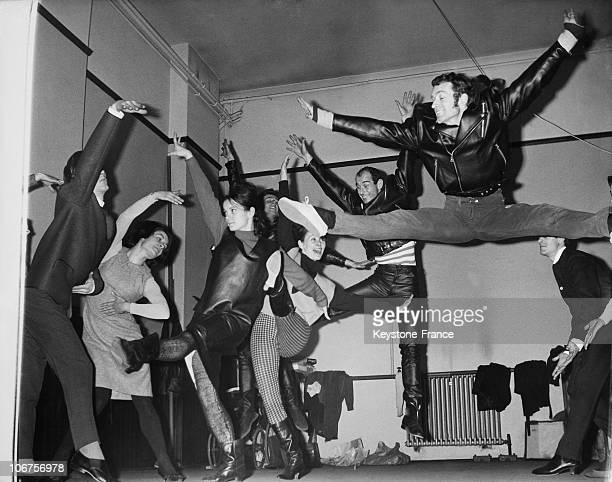 London The Western Theatre Ballet Rehearsing For The Modern Ballet Mods And Rockers In 1963