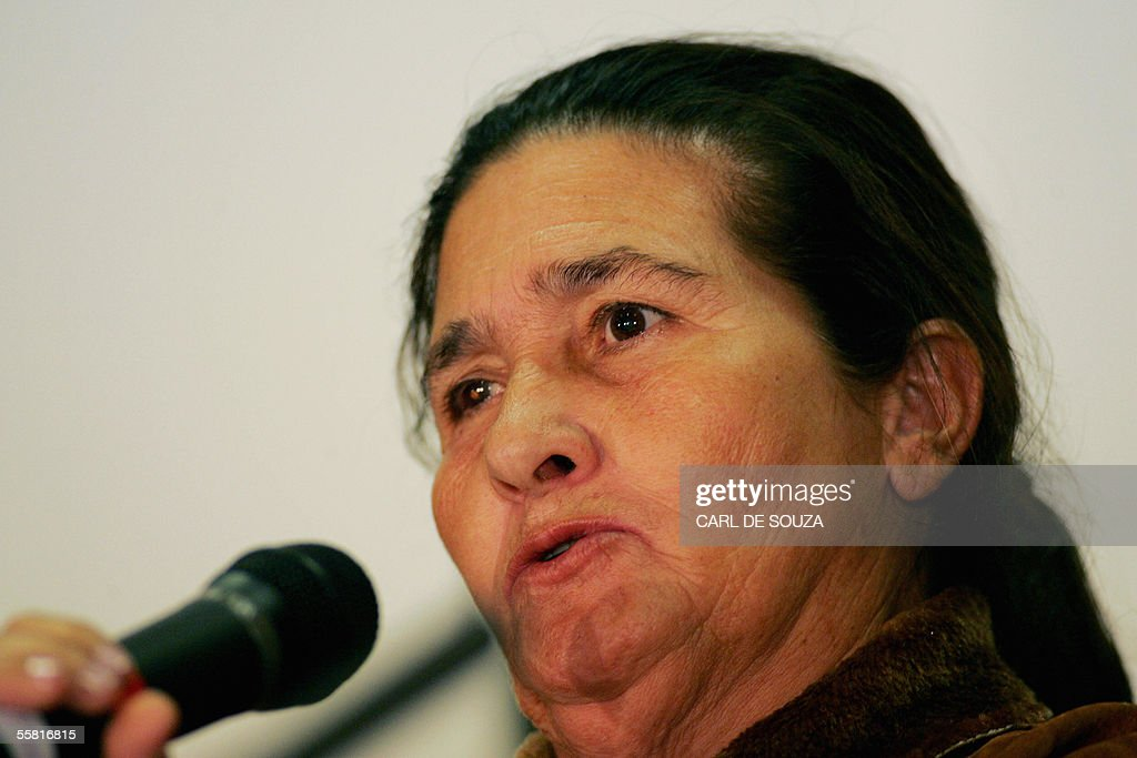 <b>Maria da Silva</b>, mother of Brazilian Jean Charles De Menezes, speaks during a <b>...</b> - london-united-kingdom-maria-da-silva-mother-of-brazilian-jean-charles-picture-id55816815