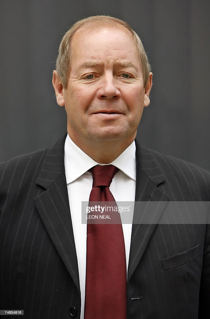 <b>Mike Turner</b>, Chief Executive Officer of BAE Systems, poses for pictures ... - london-united-kingdom-mike-turner-chief-executive-officer-of-bae-picture-id74634816