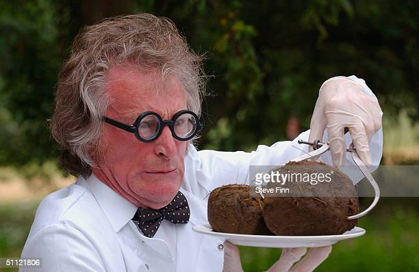 London Zoo's 'Dr Poo' gathers samples for London Zoo's Poo Exhibition at London Zoo Regent's Park on July 28 2004 in London Samples from Lamas to...