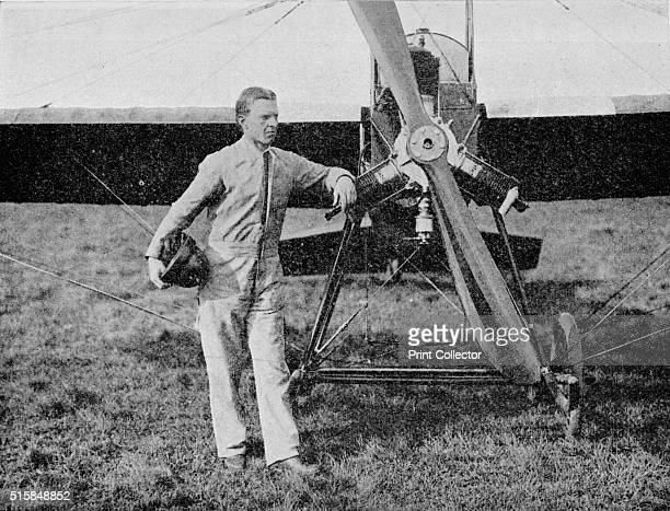 the winner Mr WL Brock the American racing pilot The London to Paris Air Race 1914 ran from Hendon to Buc and back with a total distance of 508 miles...