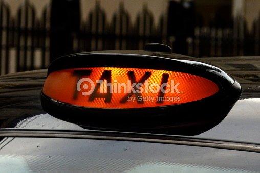 londrestaxi enseignes de taxi noir londonien taxi black cab photo thinkstock. Black Bedroom Furniture Sets. Home Design Ideas
