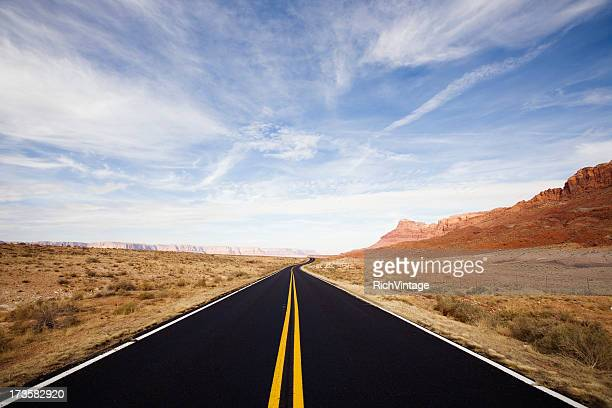 Einsam Desert Road