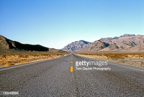 Lonely highway in Nevada : Stock Photo