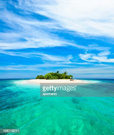 Lonely tropical island in the Caribbean : Stock Photo