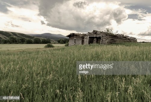 Lonesome Cabins : Stock Photo