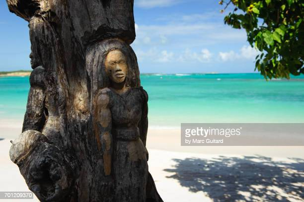 Long Beach Scuplture, Antigua