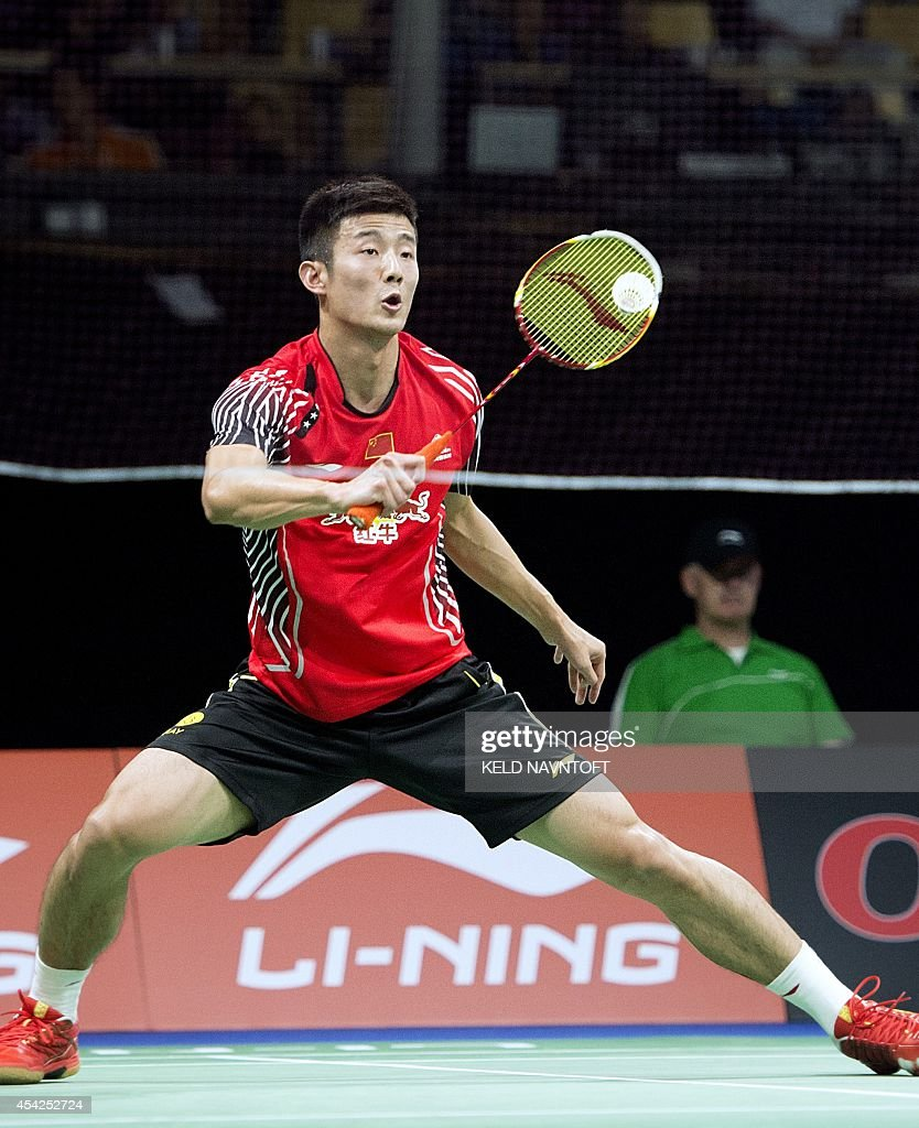 Long Chen of China of in action against Mark Zwiebler of Germany during their match in mens single Badminton World Championship in Ballerup on August 27, 2014. AFP PHOTO/ Scanpix DENMAR / Keld Navntoft / DENMARK OUT