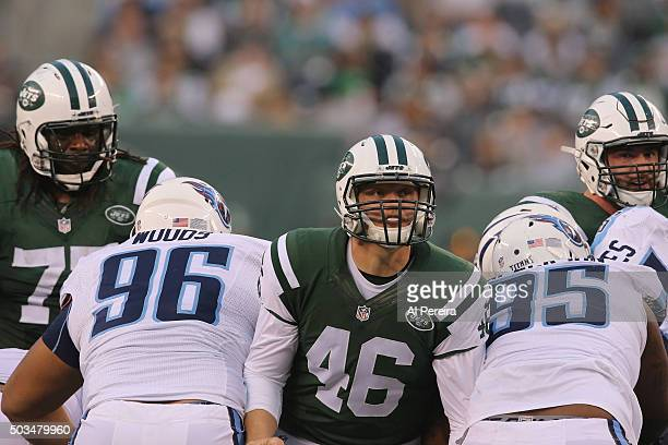 Long Snapper Tanner Purdum of the New York Jets snaps the ball against the Tennessee Titans at MetLife Stadium on December 13 2015 in East Rutherford...