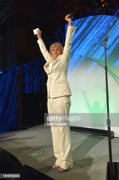 diana nyad s swim Even though i saw it on the news at the time, i still find the story of diana nyad's record-breaking unassisted swim from cuba to florida almost impossible to believe.