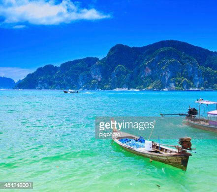 Long-tailed boat on sea : Stock Photo