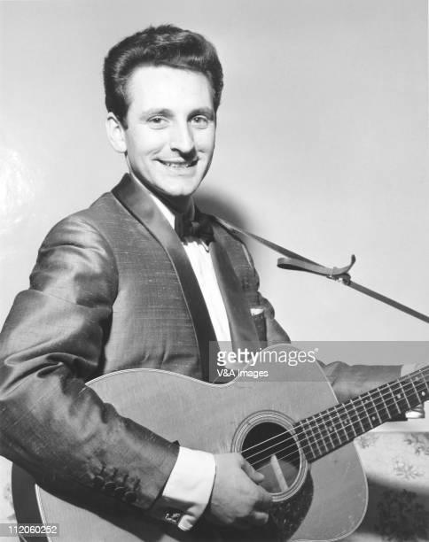 Lonnie Donegan posed 1960