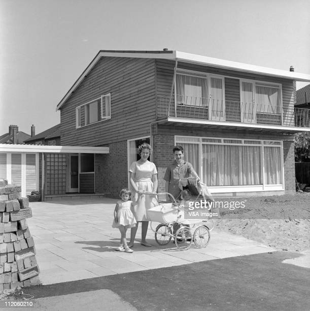 Lonnie Donegan posed with wife Maureen Tyler and two children at home 1960