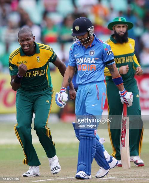 Lonwabo Tsotsobe celebrates Virat Kohli's wicket during the 2nd Momentum ODI match between South Africa and India at Sahara Stadium Kingsmead on...