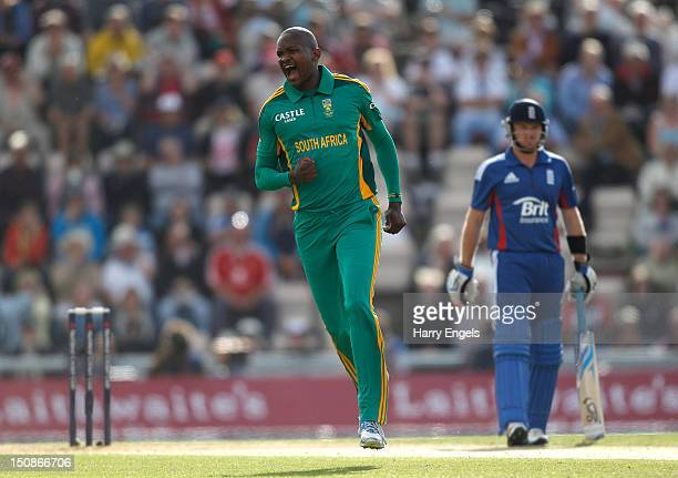 Lonwabo Tsotsobe of South Africa celebrates dismissing Alastair Cook of England during the 2nd NatWest Series ODI match between England and South...