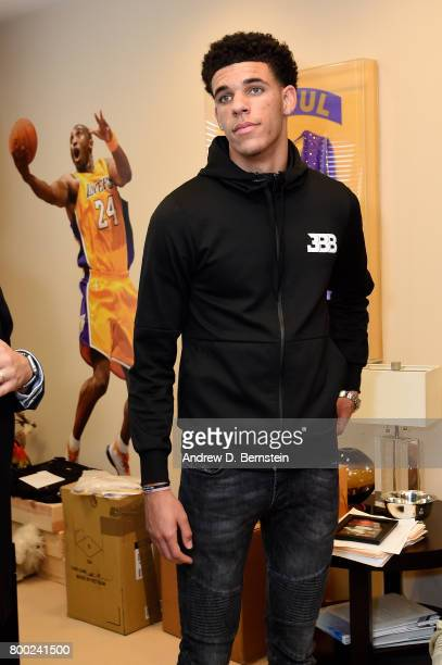 Lonzo Ball of the Los Angeles Lakers looks on following a press conference to introduce Los Angeles Lakers 2017 NBA Draft picks in El Segundo...