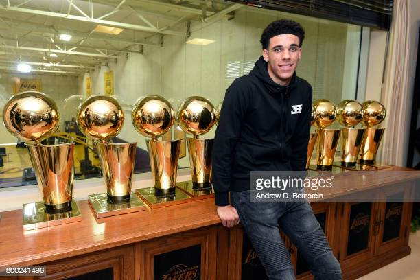 Lonzo Ball of the Los Angeles Lakers poses for a picture following a press conference to introduce Los Angeles Lakers 2017 NBA Draft picks in El...