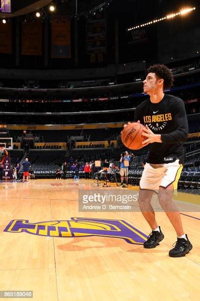 Lonzo Ball of the Los Angeles Lakers warms up prior to the game against the New Orleans Pelicans on October 22 2017 at STAPLES Center in Los Angeles...