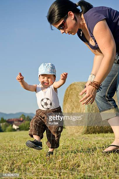 Look mommy, I can walk