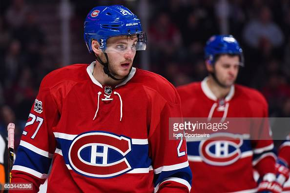 look-on-montreal-canadiens-center-alex-g