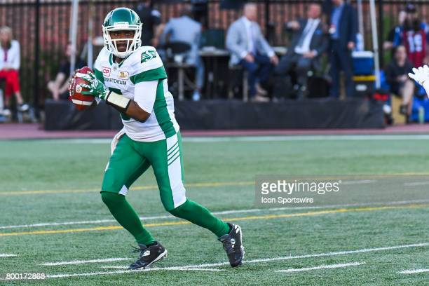 Look on Saskatchewan Roughriders quarterback Kevin Glenn former Montreal Alouettes quarterback hoding the ball before passing it during the...