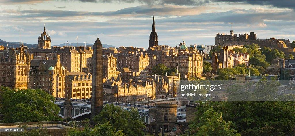 Edinburgh en atardecer : Foto de stock