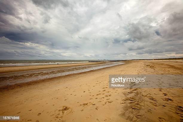 Loomy sky over beach wide angle shot on full frame