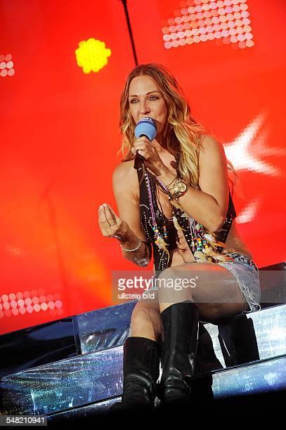 Loona Musician Singer Pop music Netherlands Singer MarieJose van der Kolk performing in Bad Seegeberg Freilichtbuehne am Kalkberg
