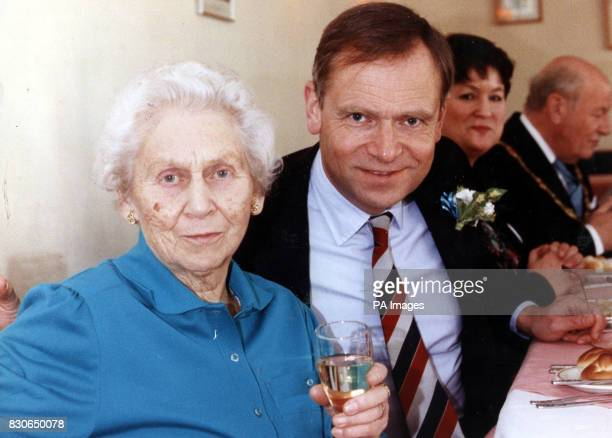 Lord Archer with his mother Lola The 87yearold mother of Lord Archer has died the jury at his Old Bailey perjury trial was told Trial judge Mr...