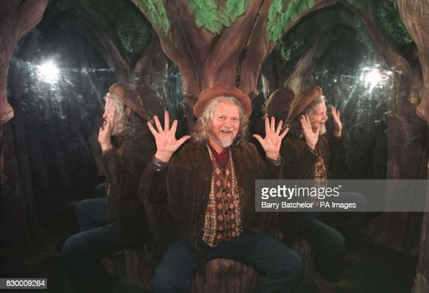 Lord Bath after opening the latest attraction at 'Longleat' near Warminster today 'King Arthur's Mirror Maze' See PA Story SOCIAL/Maze Photo Barry...