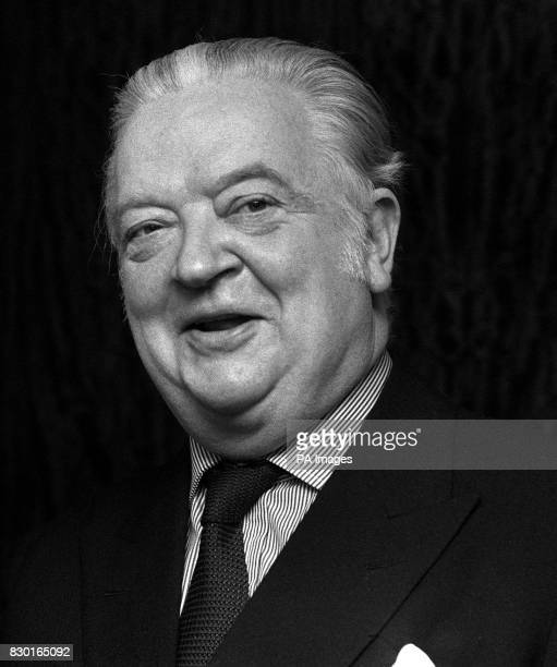 Lord Killanin former president of the International Olympic Committee 25/4/99 died aged 84 at his Dublin home * **Available b/w only**