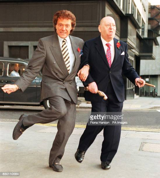 Television and film tycoon Lord Lew Grade has died at the age of 91 As controller of ATV the cigarchomping mogul was associated with such programmes...