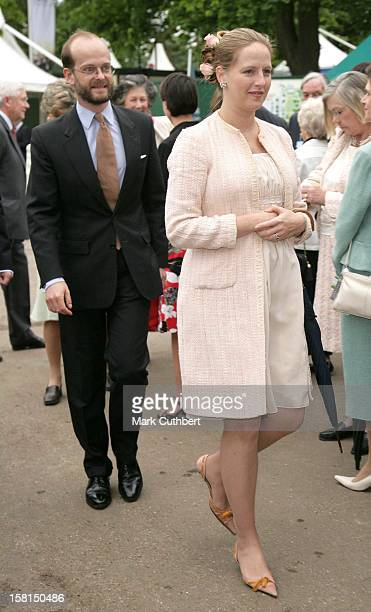Lord Nicholas Windsor Paola Doimi De Frankopan Attend The 2007 Chelsea Flower Show