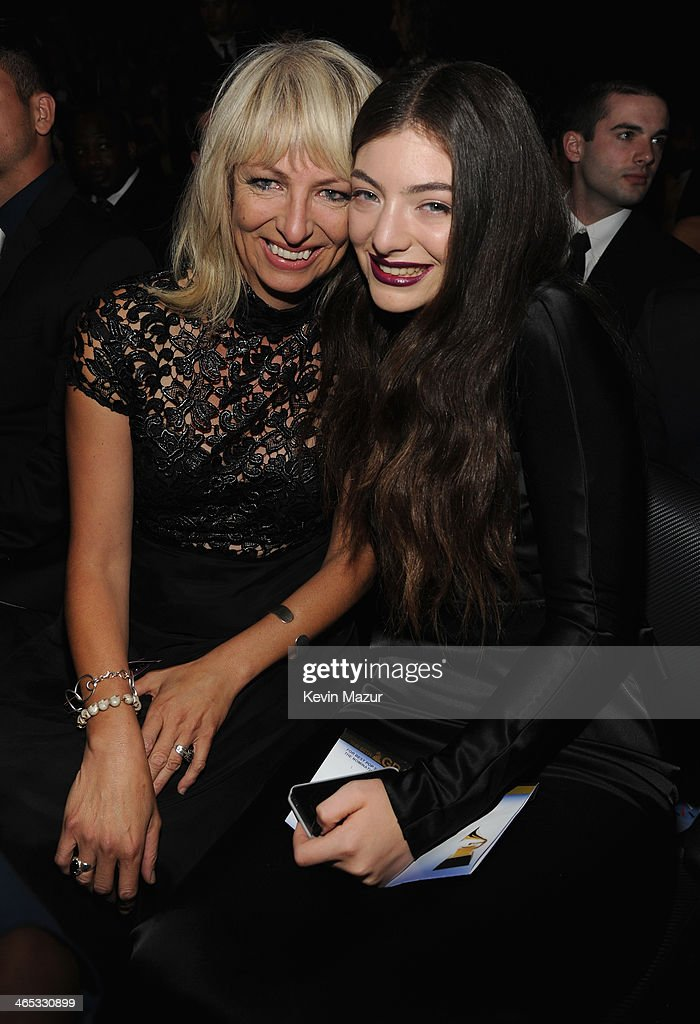 Lorde (R) and her mother attend the 56th GRAMMY Awards at Staples Center on January 26, 2014 in Los Angeles, California.