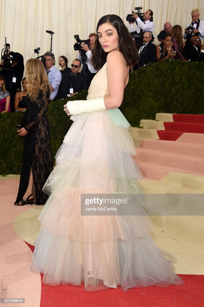 Lorde attends the 'Manus x Machina: Fashion In An Age Of Technology' Costume Institute Gala at Metropolitan Museum of Art on May 2, 2016 in New York City.