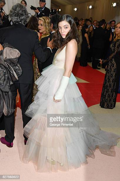 Lorde attends the 'Manus x Machina Fashion in an Age of Technology' Costume Institute Gala at the Metropolitan Museum of Art on May 2 2016 in New...