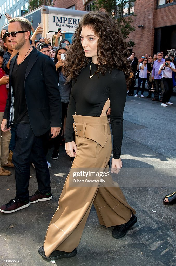 Lorde is seen arriving at Kanye West Yeezy Season 2 during Spring 2016 New York Fashion Week at Skylight Modern on September 16, 2015 in New York City.