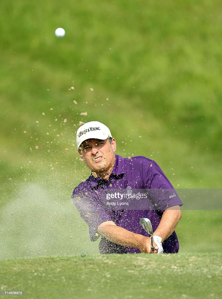 Loren Roberts hits his third shot on the par 5 17th hole during the Senior PGA Championship presented by KitchenAid at Valhalla Golf Club on May 29, 2011 in Louisville, Kentucky.