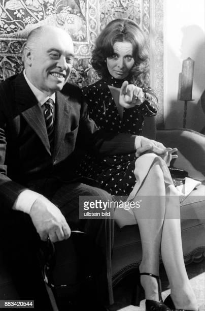 Loren Sophia * Schauspielerin Italien mit Ehemann Carlo Ponti im Hamburger Hotel 'Vier Jahreszeiten'