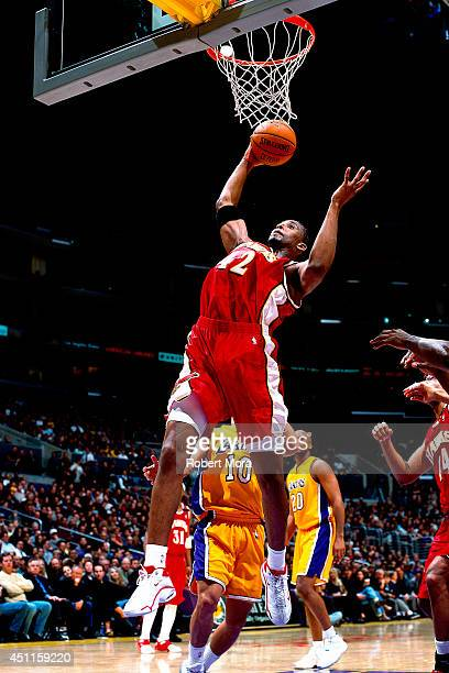 Lorenzen Wright of the Atlanta Hawks goes up for a shot against the Los Angeles Lakers at the Staples Center on February 23 2001 NOTE TO USER User...