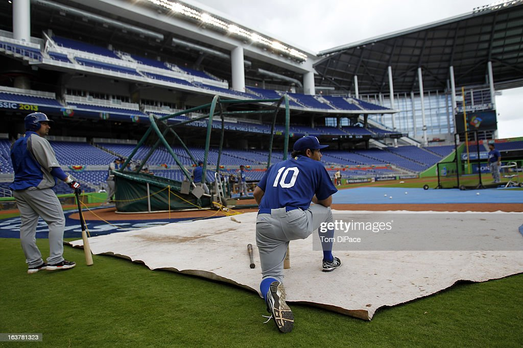 Lorenzo Avagnina #10 of Team Italy waits to take batting practice during the workout day for the 2013 World Baseball Classic on March 11, 2013 at Marlins Park in Miami, Florida.