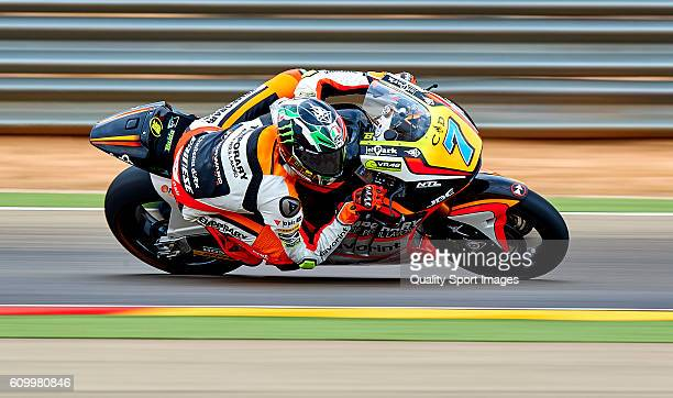 Lorenzo Baldassarri of Italy and Forward Team rounds the bend during the MotoGP of Spain Free Practice at Motorland Aragon Circuit on September 23...
