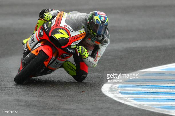 Lorenzo Baldassarri of Italy and the Forward Racing Team rides during free practice for Moto2 at Circuito de Jerez on May 5 2017 in Jerez de la...