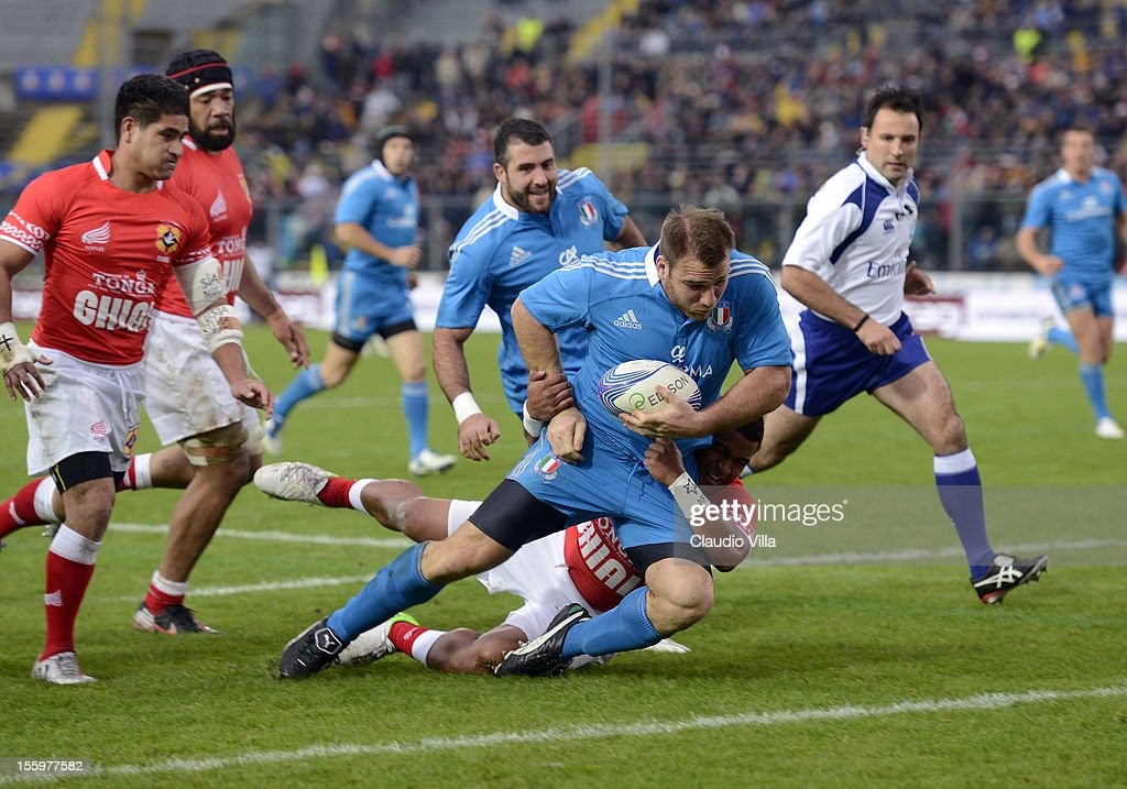 Lorenzo Cittadini of Italy scores a first try during the international test match between Italy and Tonga at Mario Rigamonti Stadium on November 10, 2012 in Brescia, Italy.