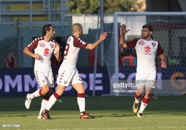 Lorenzo De Silvestri of Torino celebrates after scoring the equalizing goal during the Serie A match between FC Crotone and Torino FC at Stadio...