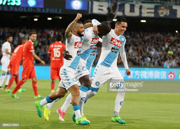 Lorenzo Insigne Kalidou Koulibaly and Jose Callejon of SSC Napoli celebrate the 10 goal scored by Kalidou Koulibaly during the Serie A match between...